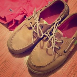 Used but in great condition girls Sperrys